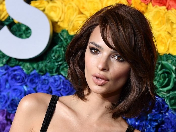 Emily Ratajkowski celebrity bob haircut
