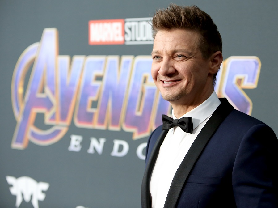 Jeremy Renner is all of us as he pleads to bring <em>Spider-Man</em> back to the <em>Avengers</em>