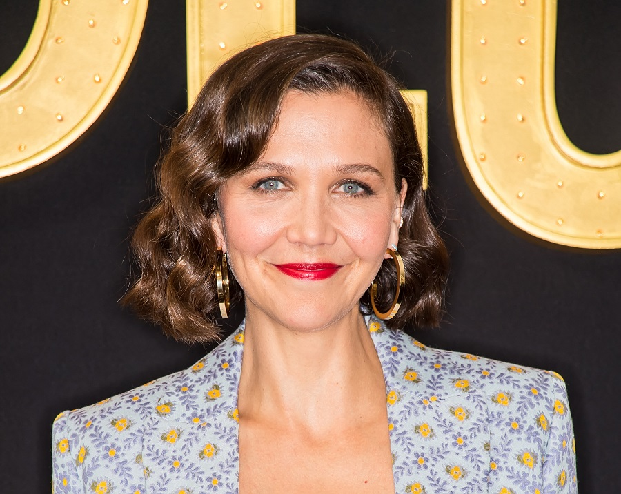 "Maggie Gyllenhaal says she felt ""brainwashed"" into believing she didn't deserve equal pay to James Franco"