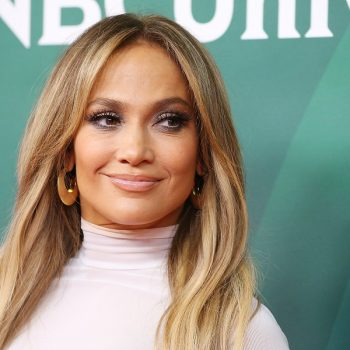 Jennifer Lopez just proved the blonde bob trend is still thriving for fall
