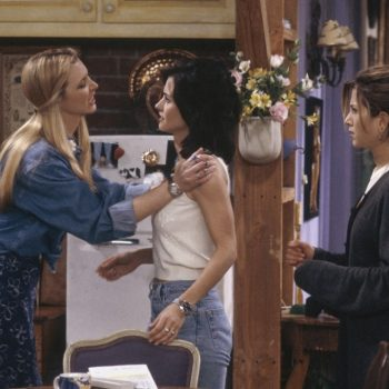 "Jennifer Aniston's ""goddess circle"" ritual feels straight out of that episode of <em>Friends</em>"