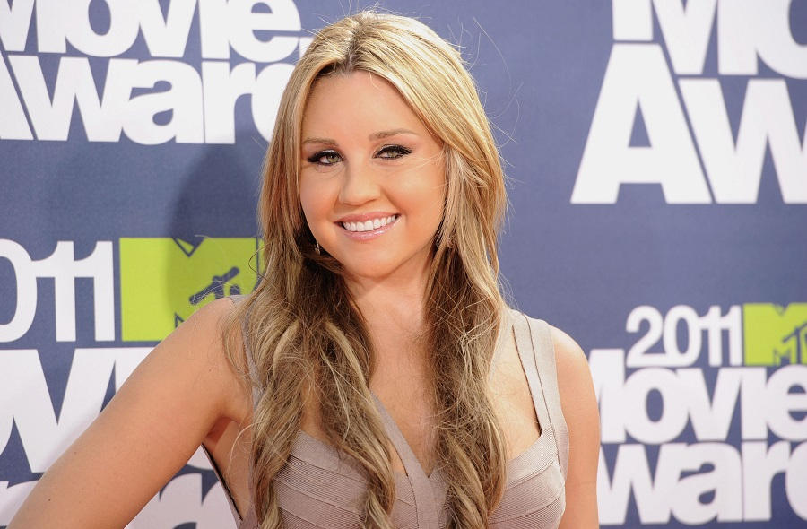 Amanda Bynes opened up about how social anxiety led to her drop out of school