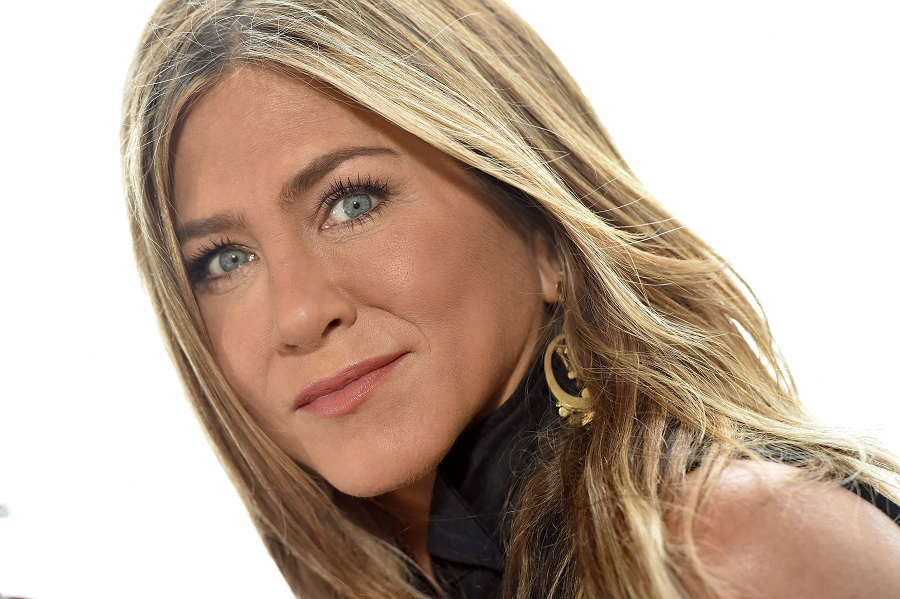 """Jennifer Aniston spoke out about experiencing Harvey Weinstein's """"piggish behavior"""" and #MeToo"""