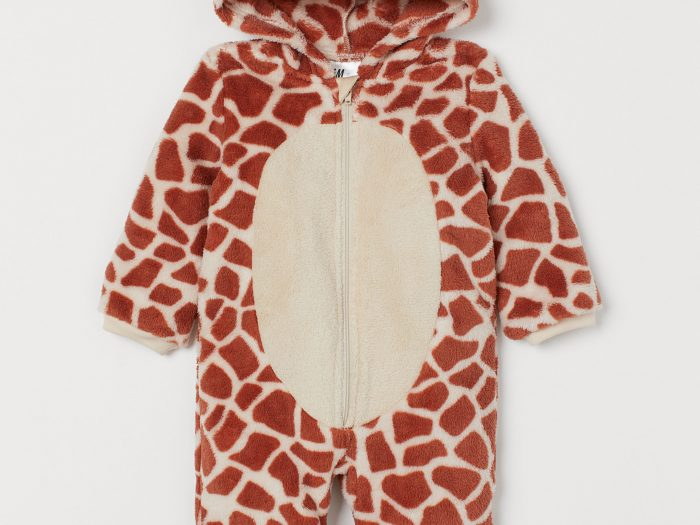 h&m affordable giraffe halloween costume for babies
