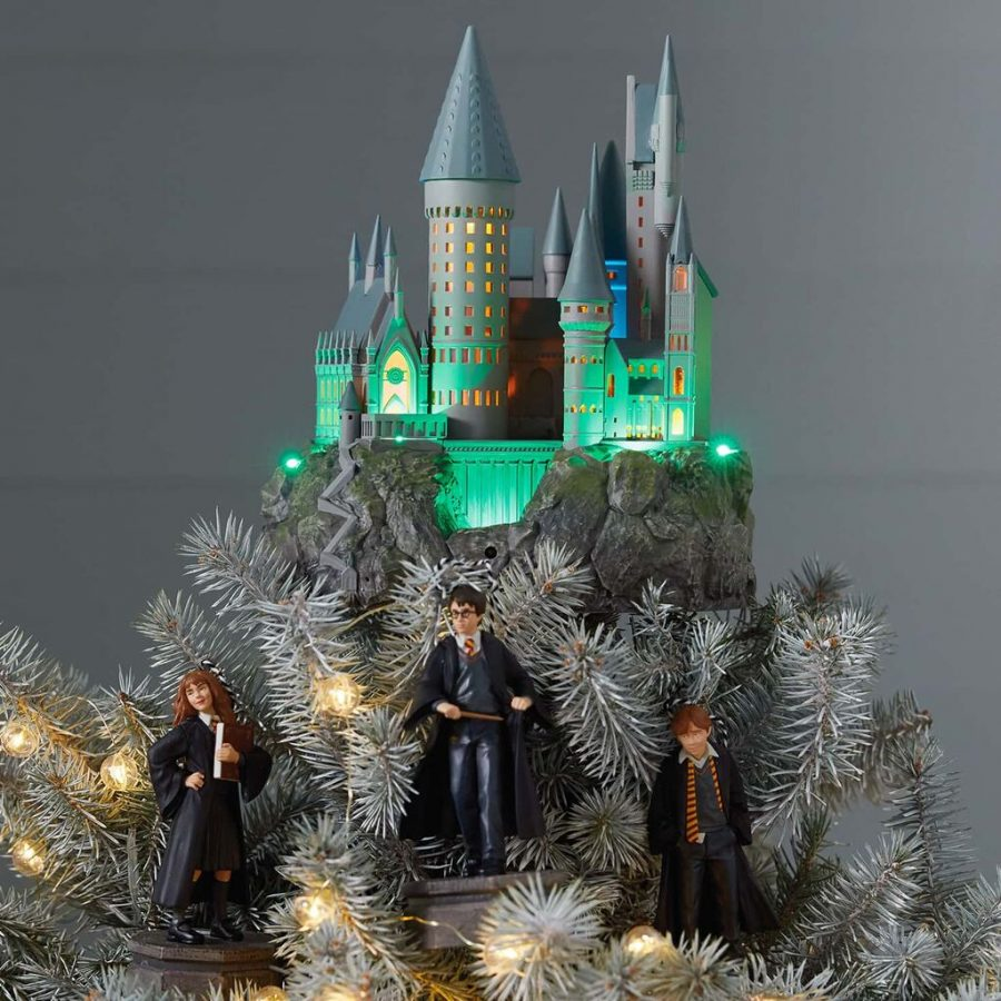 This Harry Potter Christmas decoration will make your house feel like Hogwarts