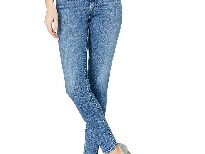 levi's high waisted jeans in tgif wash on sale