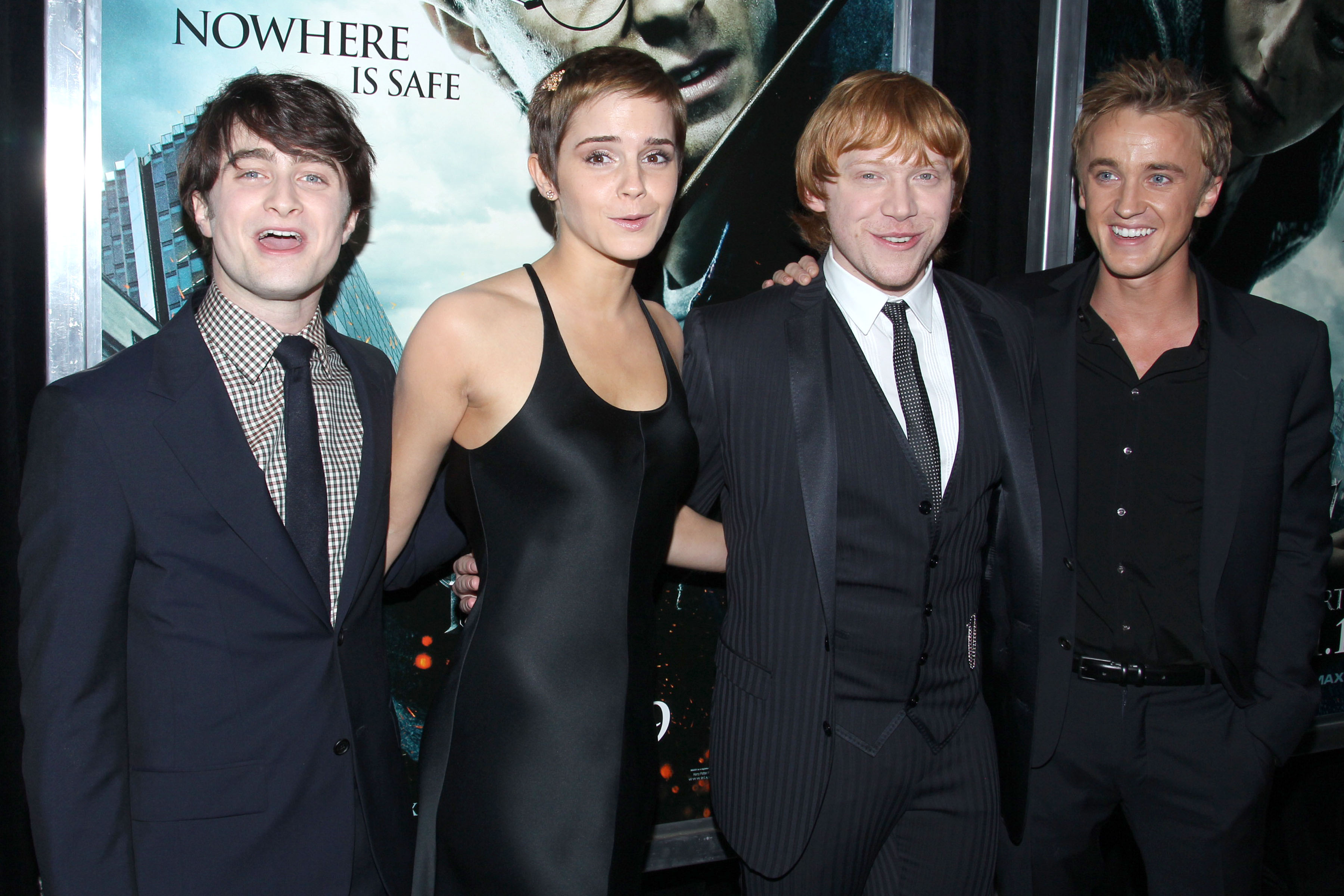 "This Harry Potter star says there were always ""sparks"" between Emma Watson and Tom Felton"