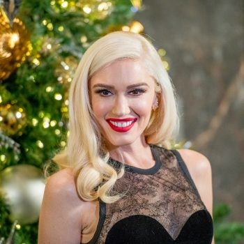 Gwen Stefani now has a blunt bob with bangs, and it looks so good it's B-A-N-A-N-A-S
