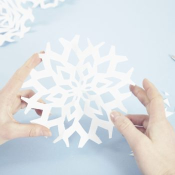 These DIY snowflake luminaries will turn your home into a winter wonderland