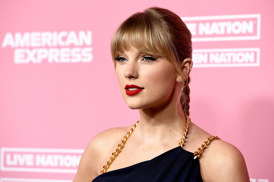Taylor Swift called out Scooter Braun and toxic male privilege, proving she isn't done speaking up