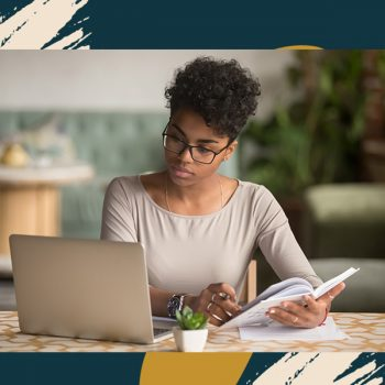 Waiting on invoices to be paid? Here's how to track and manage your payments if you're a freelancer