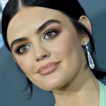 Electric eyes made a bold beauty statement at the Critics Choice Awards red carpet