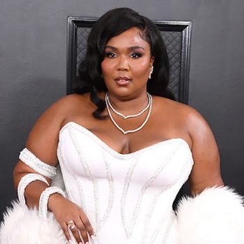 The curling iron behind Lizzo's Grammys old Hollywood waves