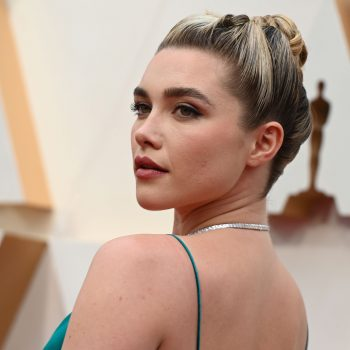 How to get Florence Pugh's intricately knotted updo from the 2020 Oscars