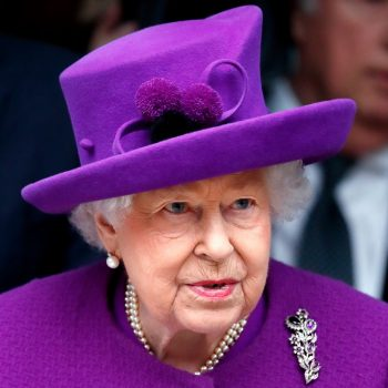 "The queen gave a very rare televised speech about coronavirus: ""We will meet again"""