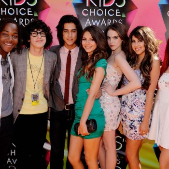 Ariana Grande and Victoria Justice had the full <em>Victorious</em> reunion that we need right now