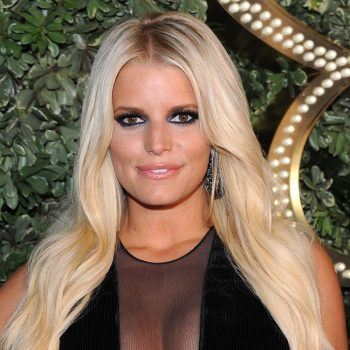 Jessica Simpson called out a former <em>Vogue</em> editor for body-shaming her in her Met Gala dress