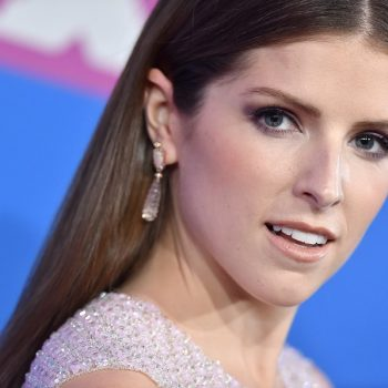 "Anna Kendrick would like everyone to relax about her calling <em>Twilight</em> filming ""miserable"""