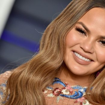 You have to see Chrissy Teigen's note from Luna after her breast implant removal surgery